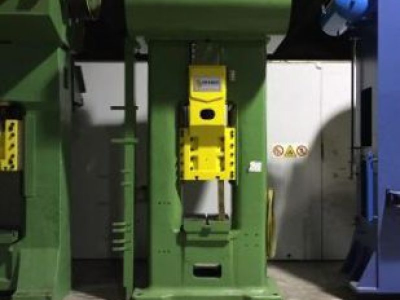 B200 DRIVE SCREW PRESS